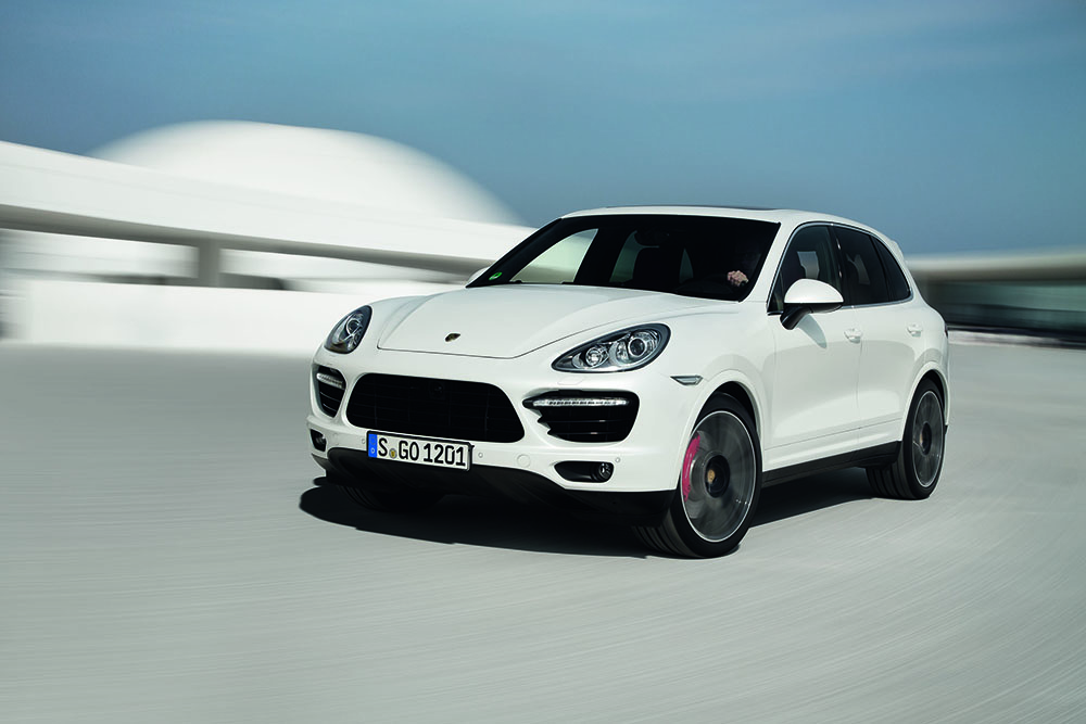 Porsche_Cayenne_Turbo_S01